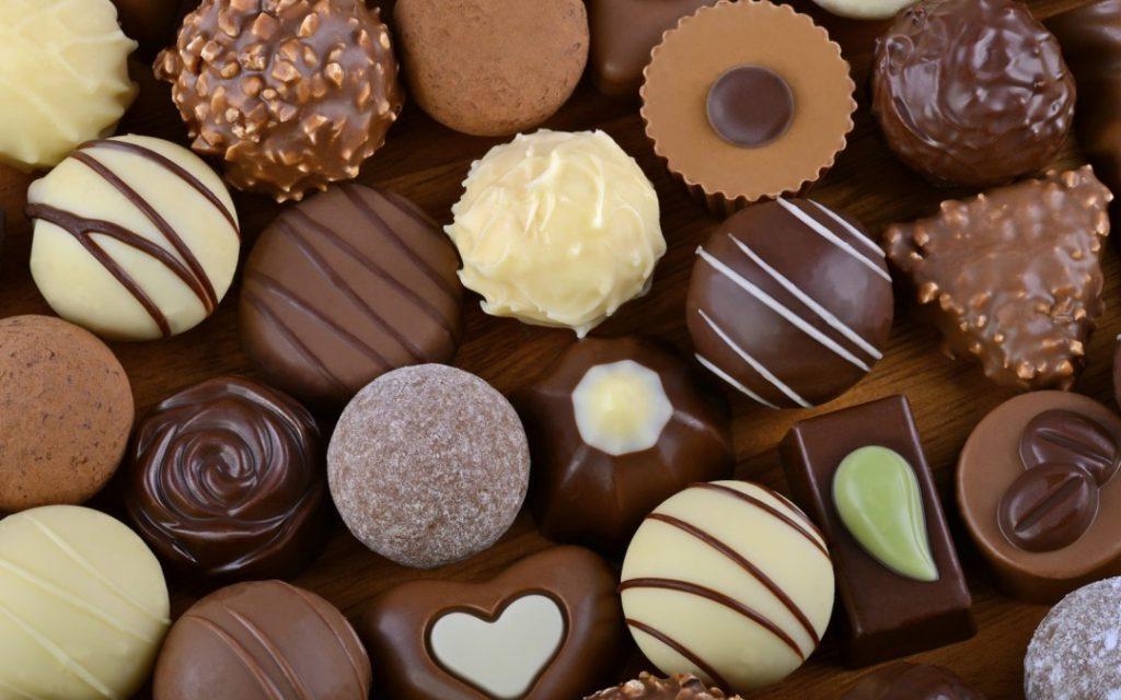 قیمت شکلات پذیرایی خانگی